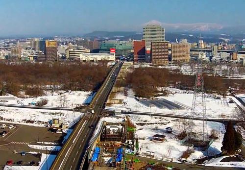 冬の盛岡中央公園からの景観を空撮動画