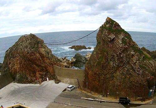 小袖海岸夫婦岩-を空撮動画