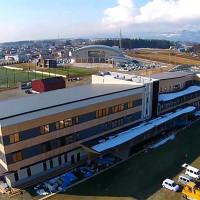 紫波町新庁舎を空撮動画